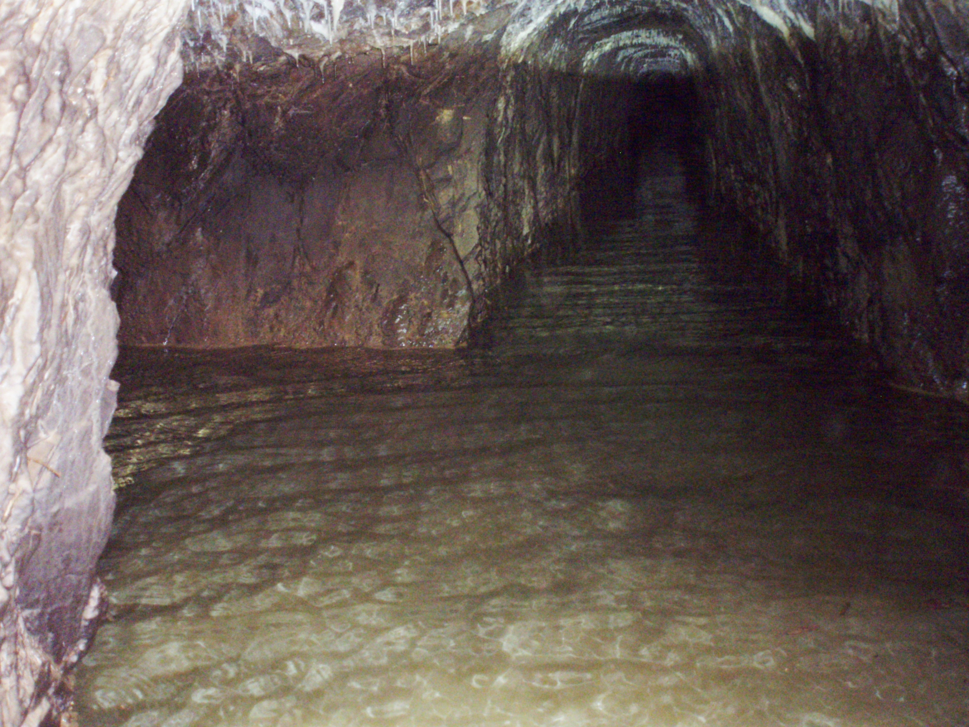 Underwater Mine Shaft